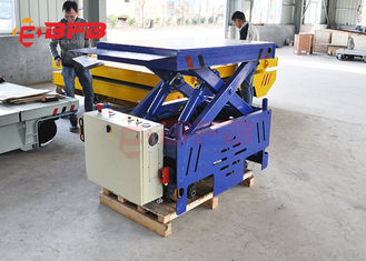 Flexible Motorised Trolleys Carts , Steerable Trackless Battery Transfer Cart On Cement Floor